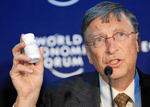 Photo: DAVOS/SWITZERLAND, 26JAN12 - William H. Gates III , Co-Chair, Bill & Melinda Gates Foundation, USA holds  medicine during the press conference 'A Decade of Saving Lives: Continued Commitment to the Global Fund' at Annual Meeting 2012 of the World Economic Forum in Davos, Switzerland, January 26, 2012.  Copyright by World Economic Forum swiss-image.ch/Photo by Sebastian Derungs