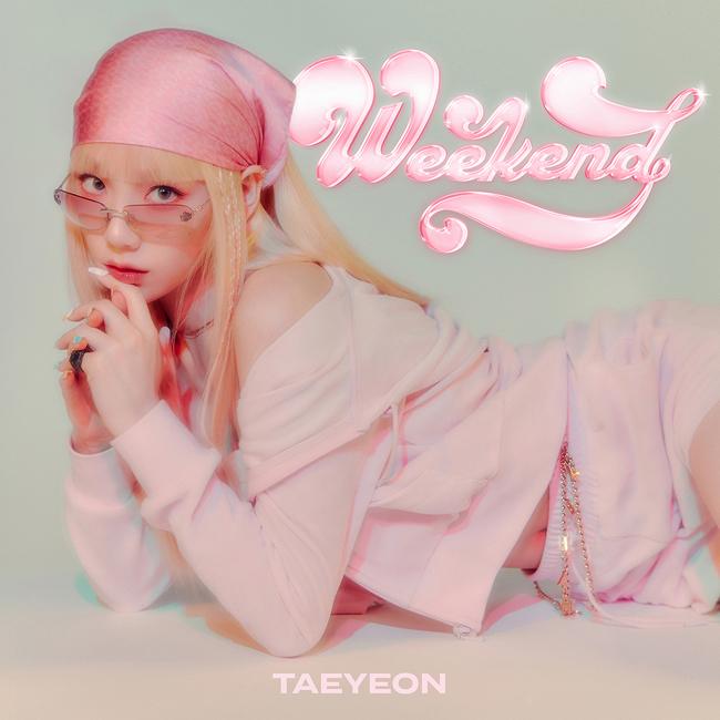 taeyeon weekend