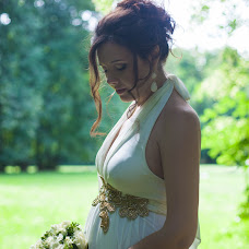 Wedding photographer Arina Vershinina (levovna). Photo of 08.08.2015