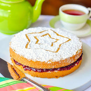 Classic Victoria Sandwich Cake.
