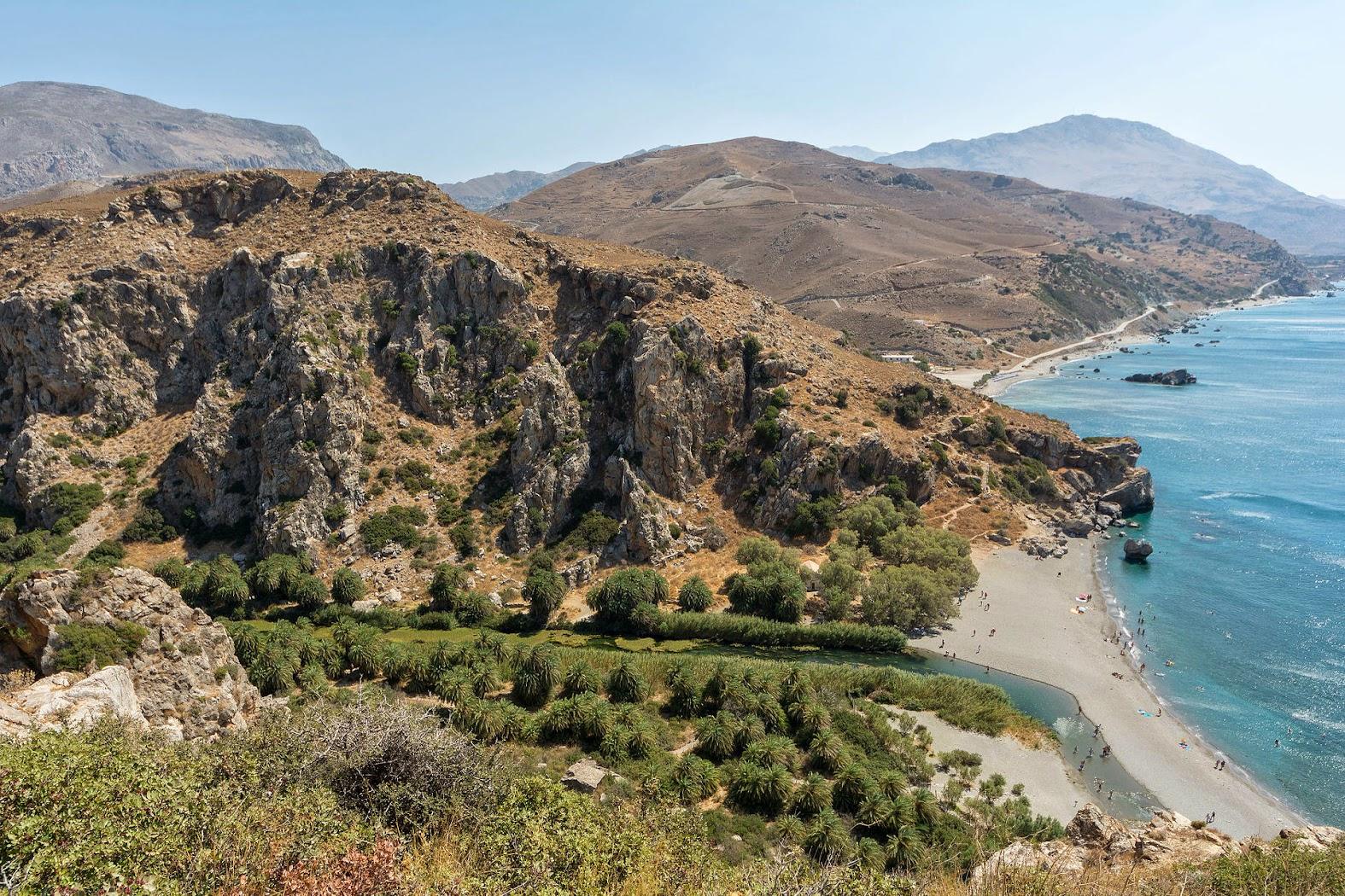 До пляжа-мечты Превели на юге острова добраться можно только пешком или на лодке