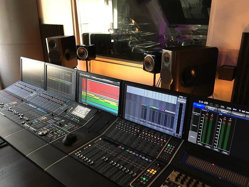 Kii Audio Three voor Merayah Studio & Spotlight Reclame
