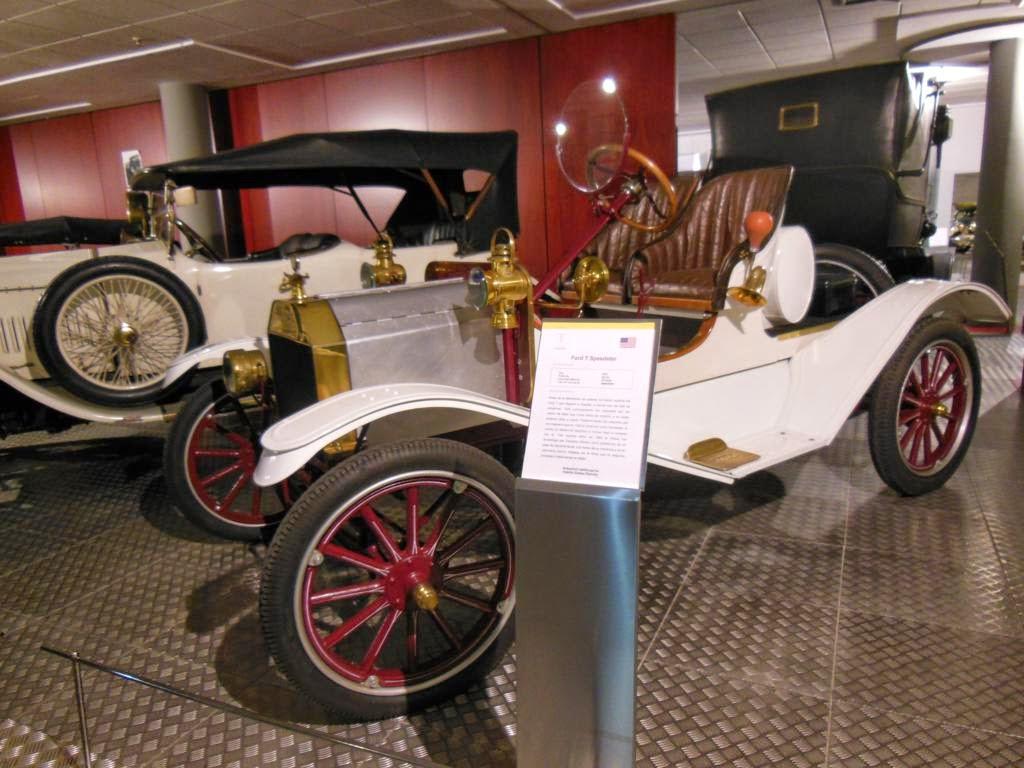 El MHAS te descubrirá una gran colección de coches antiguos