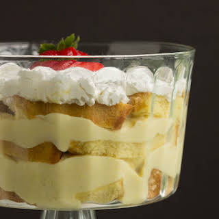 Punch Bowl Pound Cake Trifle.
