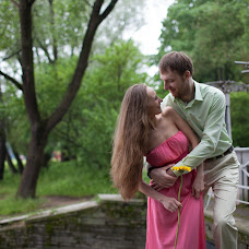 Wedding photographer Valentina Abdrashitova (lempia). Photo of 02.07.2014