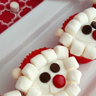 Santa Claus Cupcakes Recipe and Tutorial