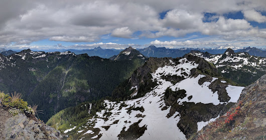 Mt. Dickerman Trail