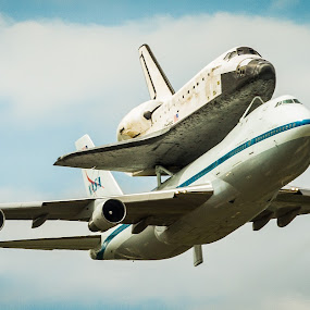 Discovery by Scott Turnmeyer - Transportation Airplanes ( washington, dulles, shuttle, space, discovery )