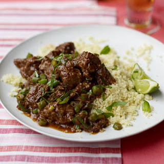 Slow Cooker Chili-Spiced Braised Beef with Green Beans