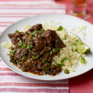 Slow Cooker Chili-Spiced Braised Beef with Green Beans.