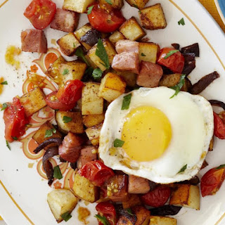 Home Fries with Ham and Fried Eggs