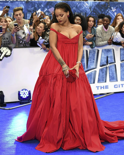 Rihanna in Giambattista Valli Couture.