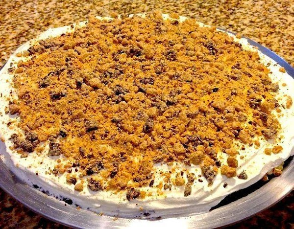 Sprinkle mixture over top of the Cool Whip.Place the peanut butter pie back into...