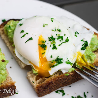 Smashed Avocado Poached Egg Toast