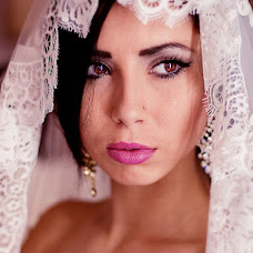 Wedding photographer Artem Kharmyshev (ArtStudioPhoto). Photo of 14.10.2013