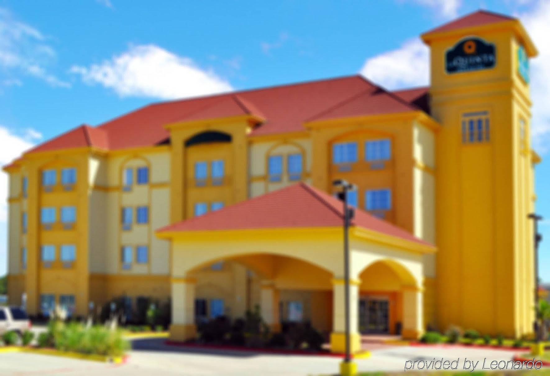 La Quinta Inn & Suites…