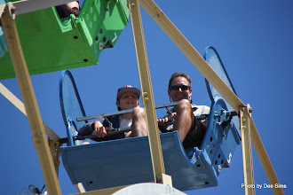 Photo: (Year 3) Day 25 - Matthew and Rog on the Ferris Wheel #2