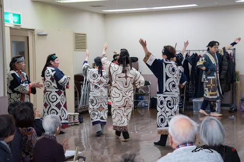 アイヌ古式舞踊