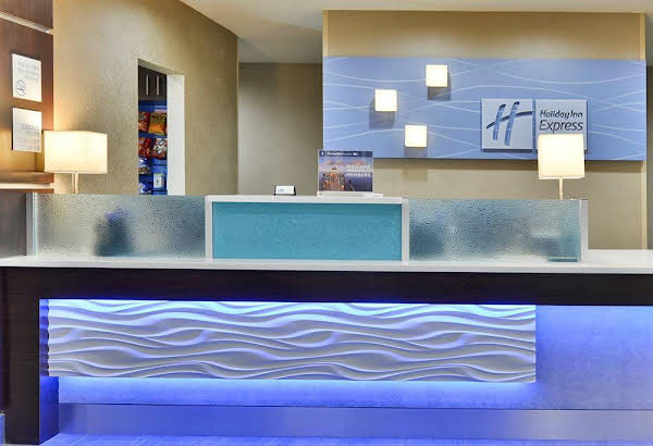Holiday Inn Express Hotel and Suites Forrest City