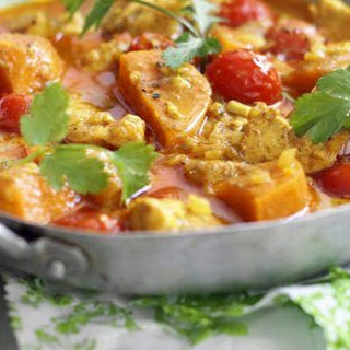 West Indian Chicken Curry With Cinnamon and Tomatoes.