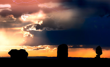 Photo: I took this one rather a long time ago in the Arches NP. For some reason I never processed it and did not even pick it in my original edit! Think I'll dig deeper in my archives this weekend... It is kind of a weird feeling going through old photos. They always take me back in time. It's the same like with music. When you listen to a song you have not heard in 10 years it takes you back in time and you kind of feel like you did back then when you were listening to it. Have a great weekend!  #DawnOnSunday #SunriseSaturday #ColorsOnSaturday #PlusPhotoExtract #photography #potd #BreakfastClub