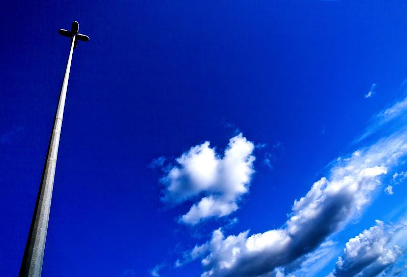 Uno sguardo al cielo di primavera di lucrezia torchio