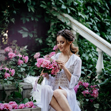 Wedding photographer Roman Zhdanov (Roomaaz). Photo of 01.08.2018