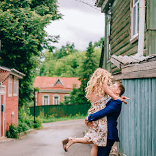 Wedding photographer Varya Kryuchkova (varyakryu). Photo of 27.07.2017