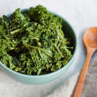 The Best Garlicky Kale