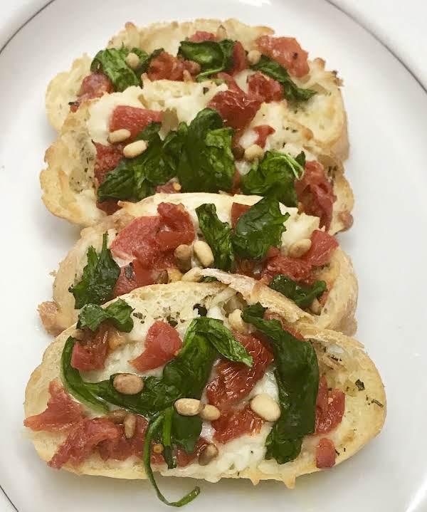 Mozzarella Spinach Ciabatta With Garlic Recipe