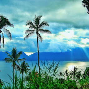 Panorama kelok 44 by Oengkas Wijaya - Instagram & Mobile Android ( sunrise, panorama, sunset, lake, photography )