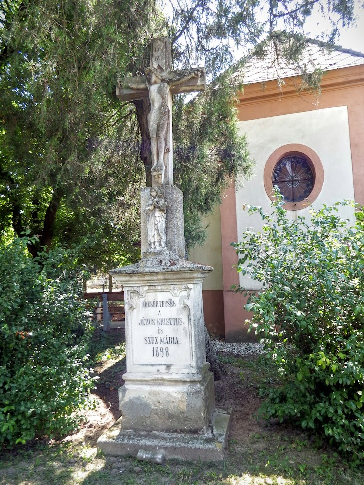 Árpás - Nepomuki Szt. János kápolna és harangláb