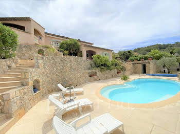 Villa 8 pièces 190 m2