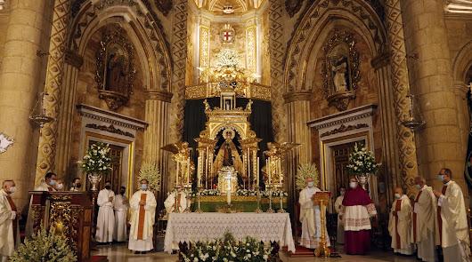 Almería celebra la festividad de la Virgen del Mar