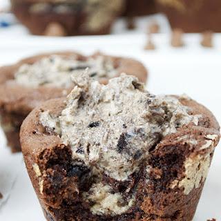 Oreo Cheesecake Stuffed Chocolate Cookie Cups