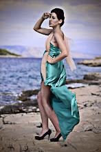 """Photo: Téma výstavy: """"Fashion & glamour"""" - Hvar 2011 (na fotografiích jsou k vidění české modelky). Autor: Marcel Chrubasík, student 2. A. Na této fotografii je modelka Nikola."""
