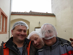 Photo: Mit dem Haarnetz für unter den Helm kann man schöne Spiele machen... :-)