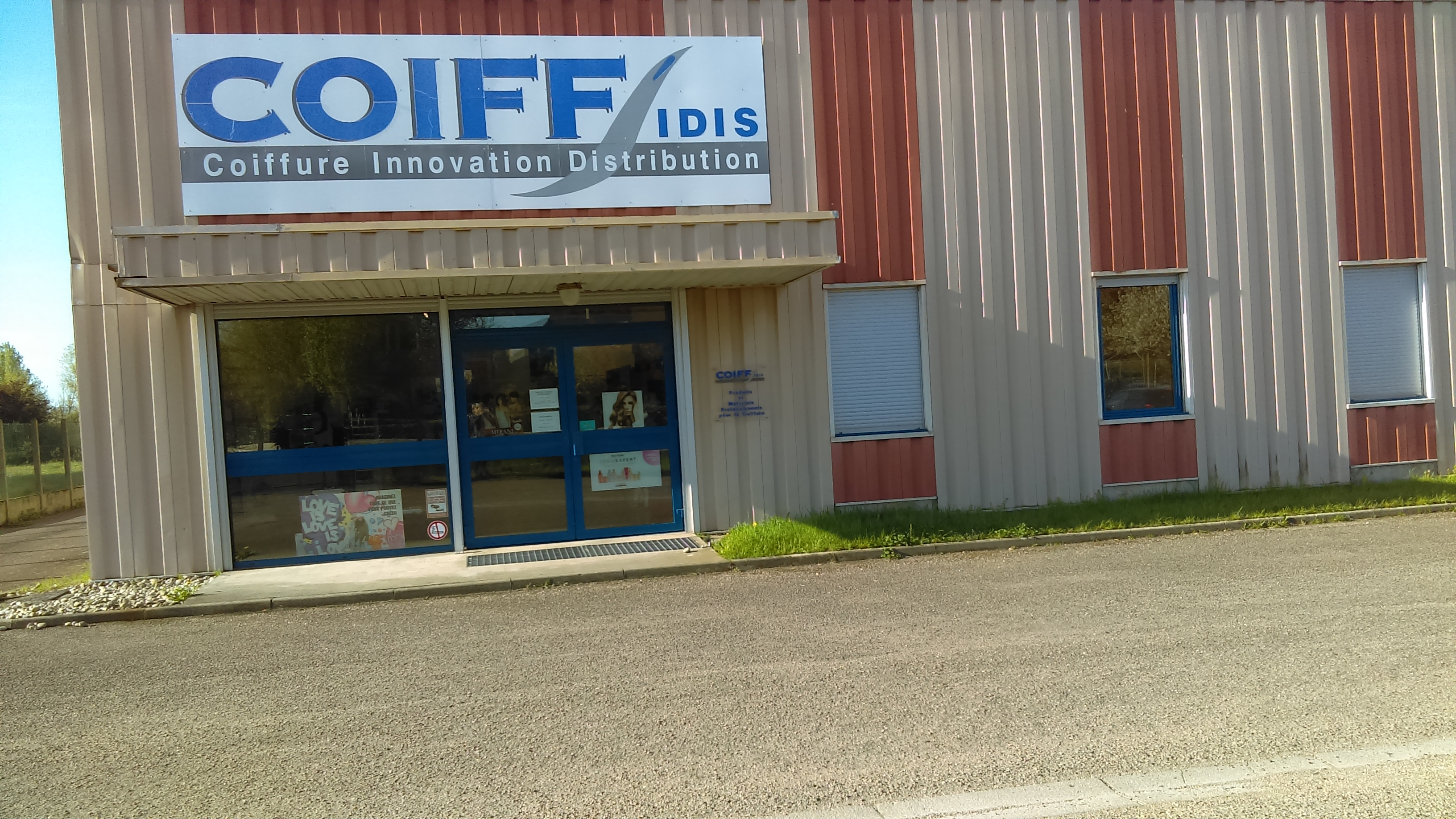 Magasin COIFF'idis BEAUTY-DESIGN ROANNE