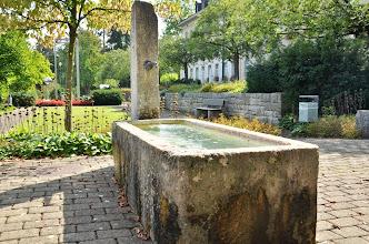 Photo: Ein Brunnen aus vergangener Zeit ist  immer noch in Betrieb