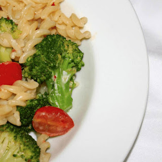 Brocoli, Cherry Tomato and Fusilli Pasta.