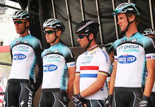 Photo: Mark Cavendish med holdkammerater fra Omega Pharma-Quick Step