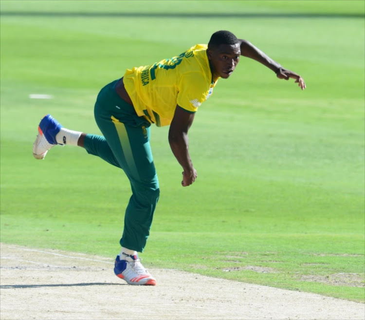 Lungi Ngidi of the proteas during the 2nd KFC T20 International match between South Africa and Sri Lanka at Bidvest Wanderers Stadium on January 22, 2017 in Johannesburg.