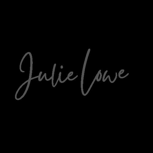 Julie Lowe Socially Aligned_Logo