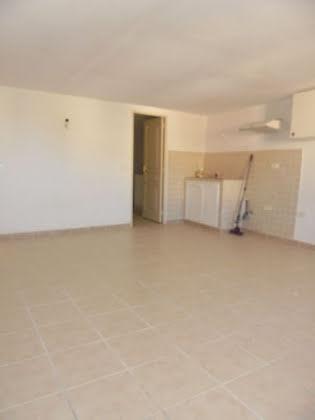 Location studio 32,62 m2