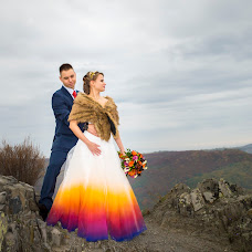 Wedding photographer Lajos Sziráki olex (olex). Photo of 13.02.2018