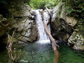 Photo: 4m滝は左岸巻き