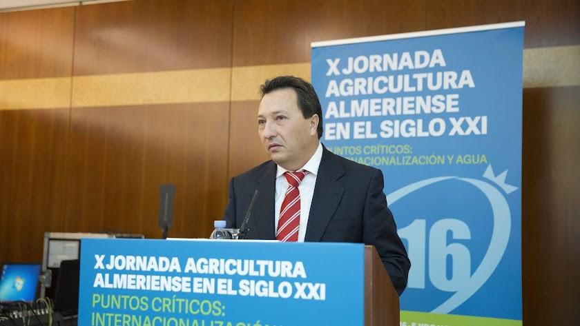 """Fernández: """"Debemos estar unidos para afrontar el problema del agua"""