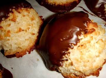 Tres Leches Coconut Macaroons
