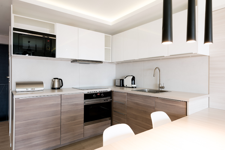 Fully equipped kitchen at Exclusive Apartment Hotel Gdansk