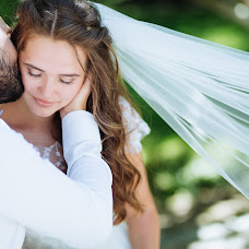 Wedding photographer Olya Naumchuk (olganaumchuk). Photo of 29.08.2018